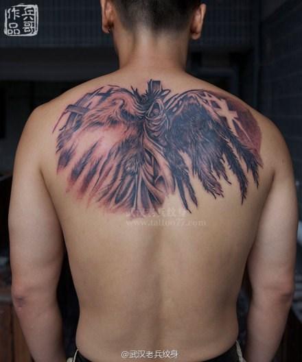 武汉最好纹身店打造的后背魔兽世界天使纹身作品