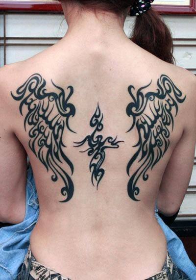 分享一款背部图腾翅膀纹身图案