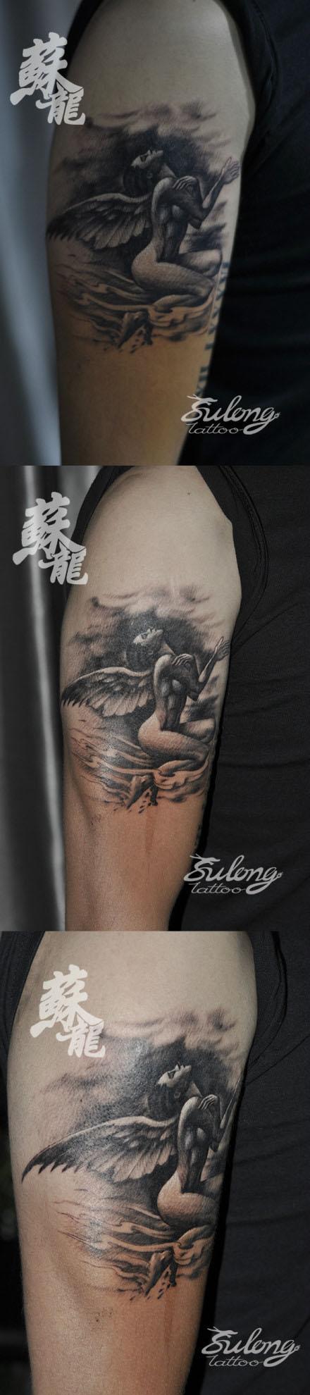 男人手臂很酷漂亮的天使纹身图案