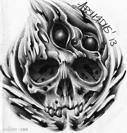 潮流时尚的黑灰骷髅纹身手稿图片