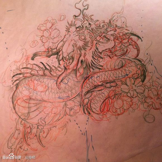 潮流很酷的一款传统龙纹身手稿图片