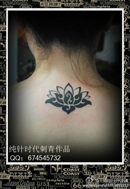 荷花纹身背分享展示