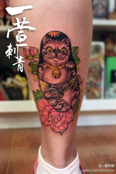 猫咪套娃纹身图案