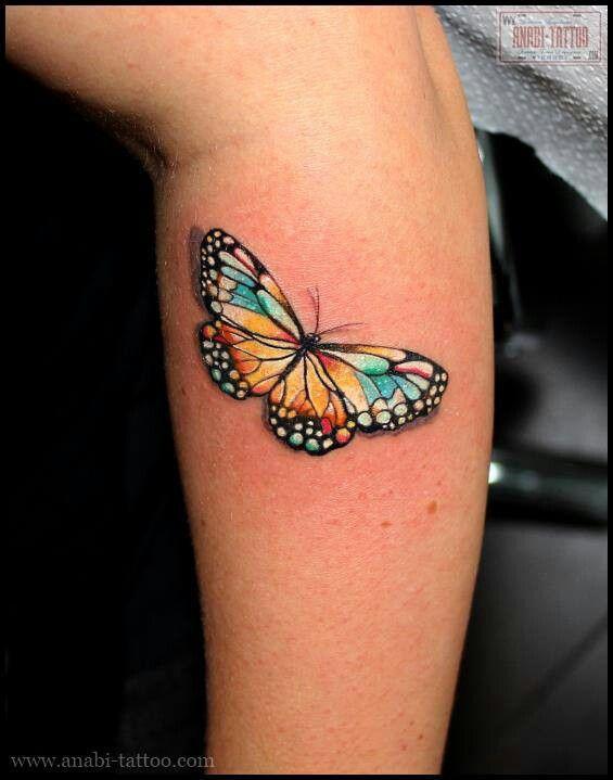 推荐一款潮流唯美的小腿蝴蝶纹身图案