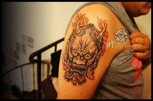 般若手臂纹身_女生般若纹身图案_般若鬼包臂纹身手稿