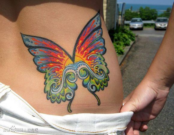 翅膀纹身锁骨对称分享展示