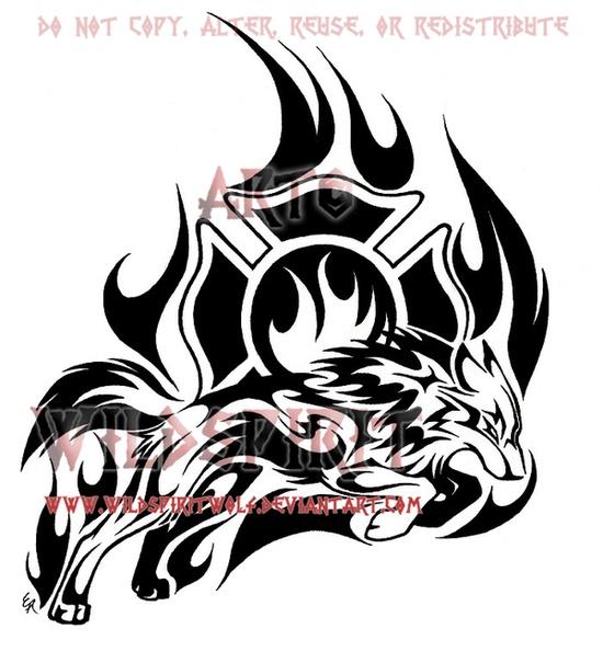 很酷经典的图腾狼纹身图案