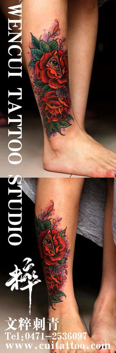 女生腿部唯美潮流的玫瑰花纹身图案