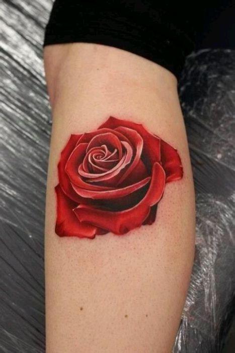 一款时尚唯美的玫瑰花纹身图案