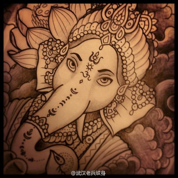武汉时尚纹身店提供一款象神纹身手稿图案