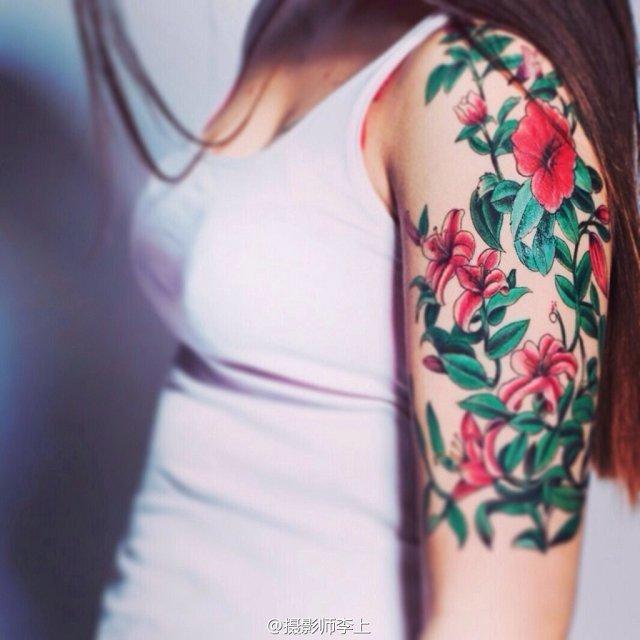 武汉最好纹身店打造的欧美风花臂纹身作品_老