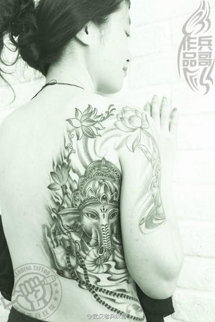 纹身主页 纹身作品集 黑灰作品                     武汉专业纹身店