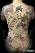 满背彩色飞天纹身图案由纹身店推荐图片