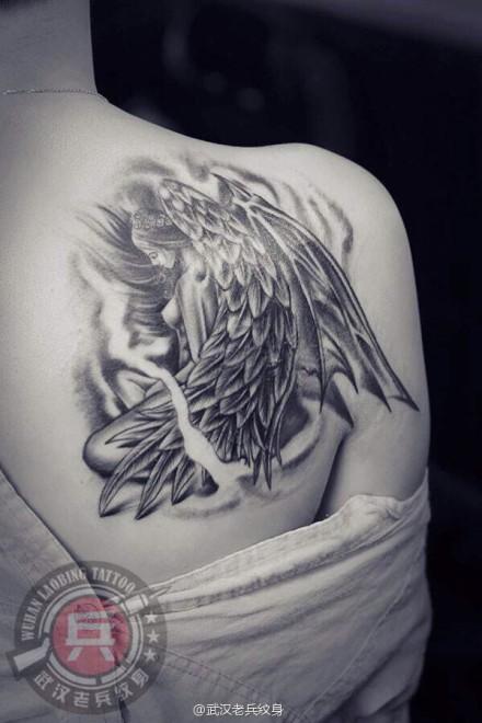 武汉最好纹身店打造的遮盖旧图--天使纹身作品