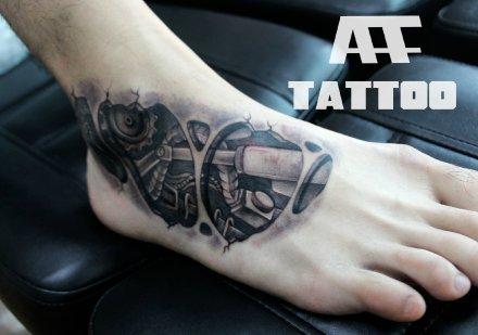 武汉最好的纹身店推荐一款脚背3d机械纹身图案