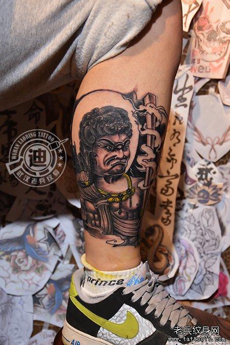 腿部生肖鸡守护神不动明王纹身图案作品