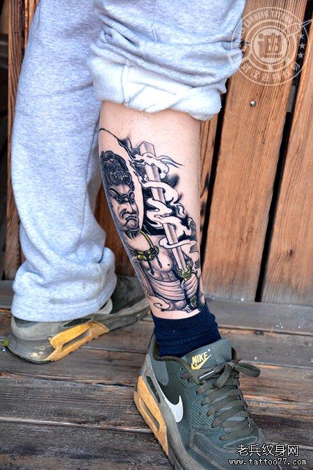 小花腿不动明王纹身图案作品恢复效果