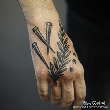手背点刺简单清新植物纹身图案 (440x440)