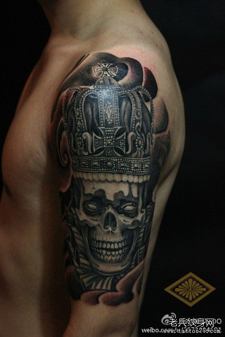 武汉纹身:手臂骷髅纹身