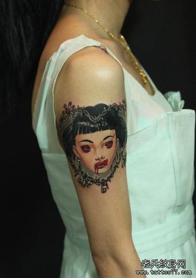 死亡娃娃胳膊纹身图案