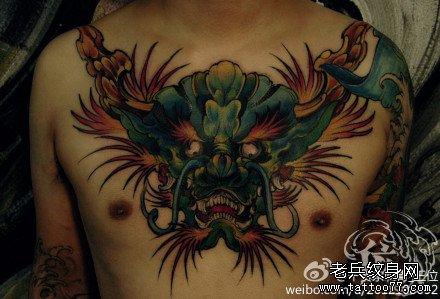 胸前龙头纹身图案图片