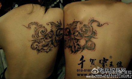 骷髅心情侣纹身图案