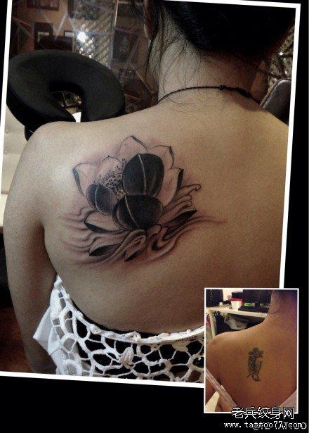 后背粉莲花纹身图案