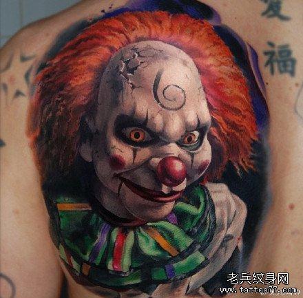 后背恶魔小丑肖像纹身图案