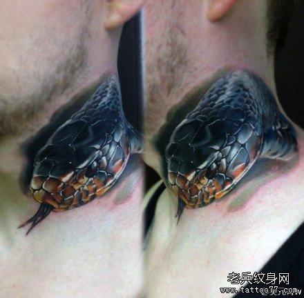 脖子蛇纹身图案