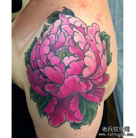 肩部紫莲花纹身图案