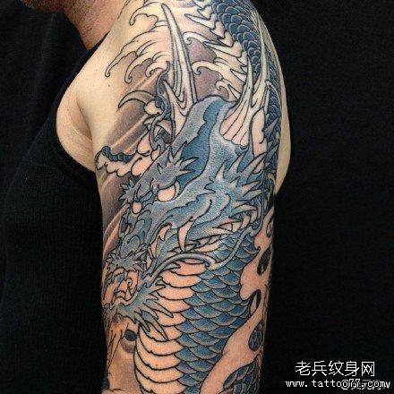胳膊邪龙纹身图案