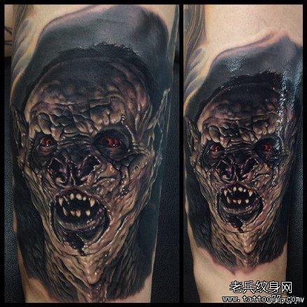 手部吸血鬼肖像纹身图案