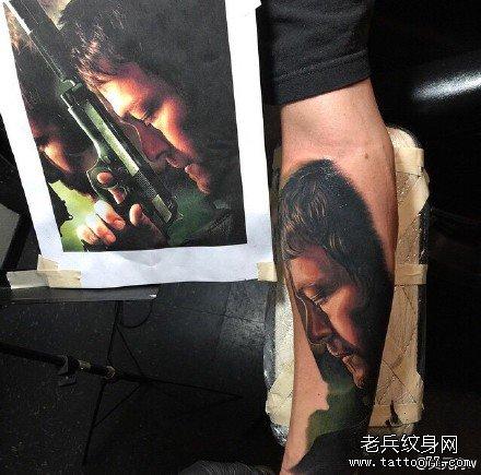 手部杀手肖像纹身图案