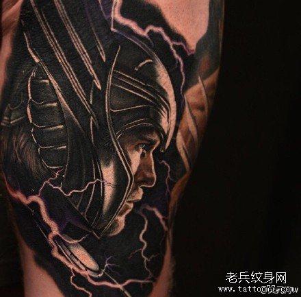 分享一款霸气的满背文字纹身图案