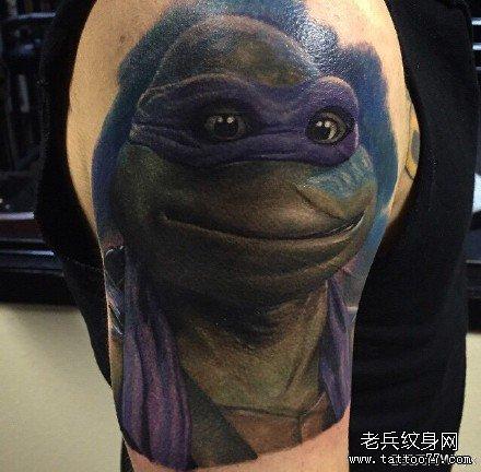 胳膊乌龟肖像纹身图案
