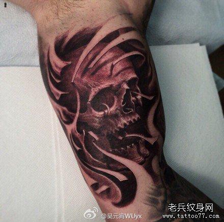 腿部木乃伊骷髅纹身图案