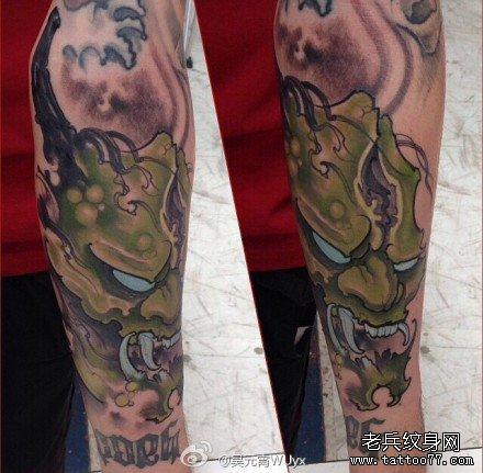手臂绿鬼纹身图案