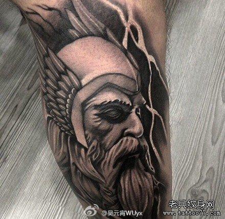 腿部雷神的父亲纹身图案