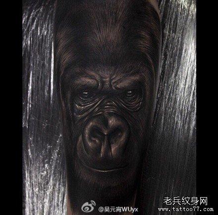 手部大猩猩纹身图案