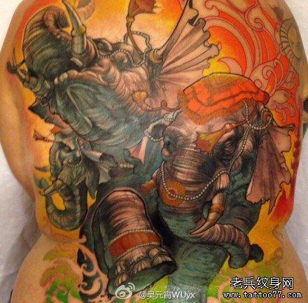 满背大象之乐纹身图案