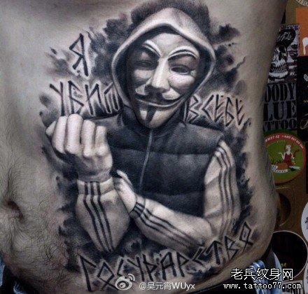暂停播放         胳膊瞎子女孩肖像纹身图案         后背恶魔小丑