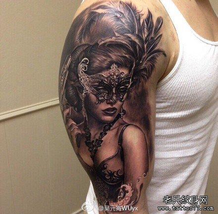 女生手臂可爱萌猫纹身