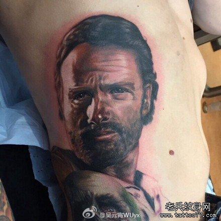 后背美国肖像纹身图案