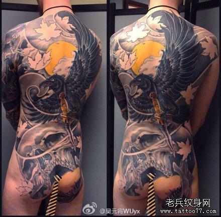 男人后背超酷的满背孙悟空纹身图案