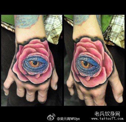 手部粉玫瑰眼纹身图案