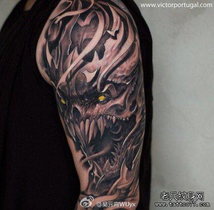 手臂很霸气骷髅纹身图案