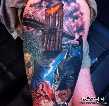 腿部小丑和蝙蝠侠大战肖像纹身图案