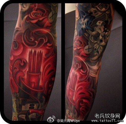 手臂机器玫瑰纹身图案