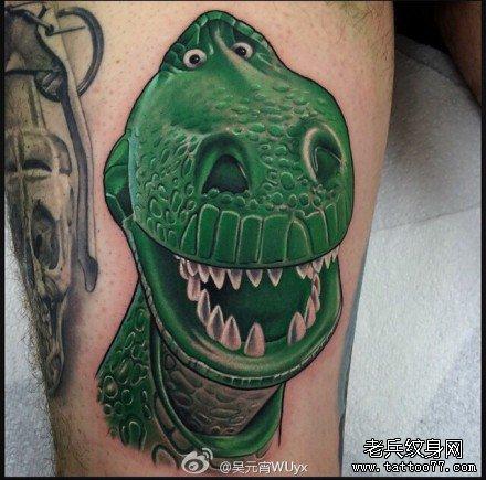 腿部绿恐龙纹身图案