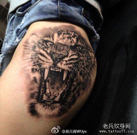 腿部老虎纹身图案